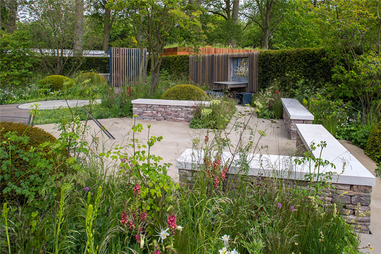 Brecon 39 s rich brothers take gold at chelsea flower show for Garden design ideas rhs